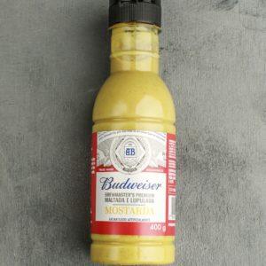 Carne e cerveja formam uma combinação perfeita. Por isso, a mostarda premium Budweiser é maltada e lupulada, feita com ingredientes selecionados, e acrescenta às carnes um sabor único e insuperável.